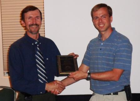 2012-2013 President Ross hands over SES control to 2013-14 President Jeremy